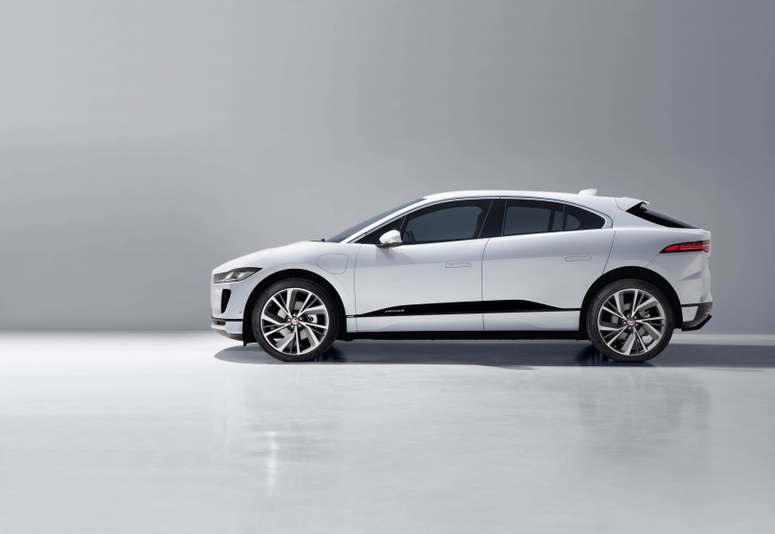 Jaguar I-Pace – brand's first all-electric vehicle debuts with 400 PS, 0-100 km/h in 4.8 seconds, 480 km range Image #784940