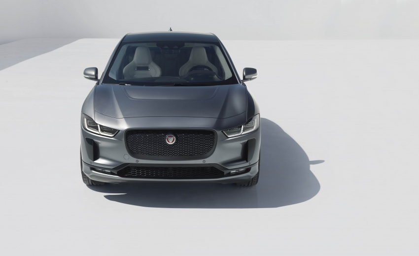 Jaguar I-Pace – brand's first all-electric vehicle debuts with 400 PS, 0-100 km/h in 4.8 seconds, 480 km range Image #784947
