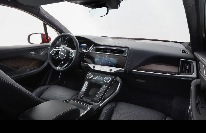 Jaguar I-Pace – brand's first all-electric vehicle debuts with 400 PS, 0-100 km/h in 4.8 seconds, 480 km range Image #784954