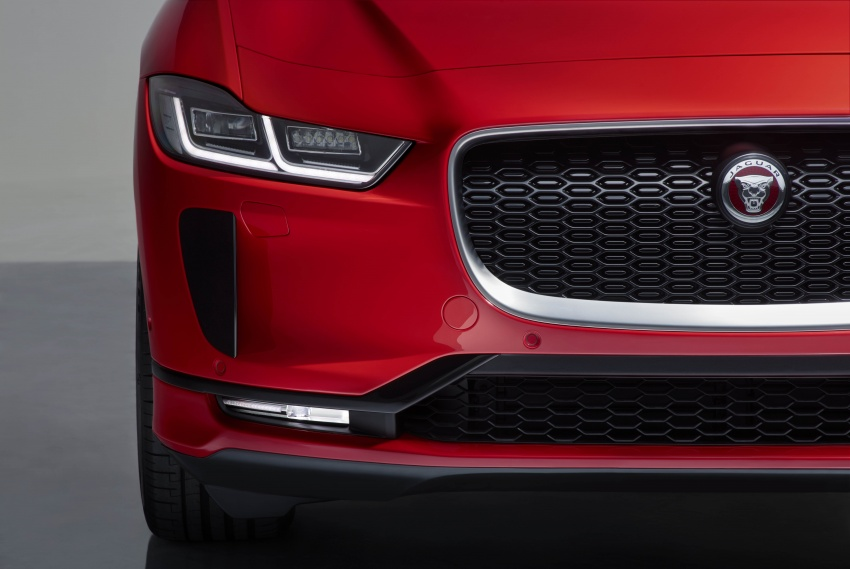 Jaguar I-Pace – brand's first all-electric vehicle debuts with 400 PS, 0-100 km/h in 4.8 seconds, 480 km range Image #784958