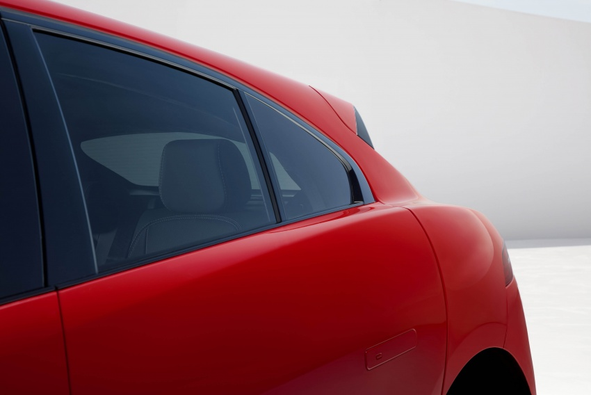 Jaguar I-Pace – brand's first all-electric vehicle debuts with 400 PS, 0-100 km/h in 4.8 seconds, 480 km range Image #784959