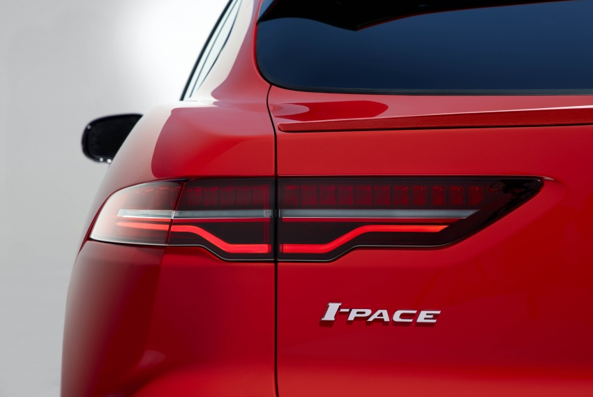 Jaguar I-Pace – brand's first all-electric vehicle debuts with 400 PS, 0-100 km/h in 4.8 seconds, 480 km range Image #784960