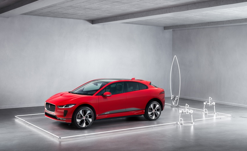 Jaguar I-Pace – brand's first all-electric vehicle debuts with 400 PS, 0-100 km/h in 4.8 seconds, 480 km range Image #784985