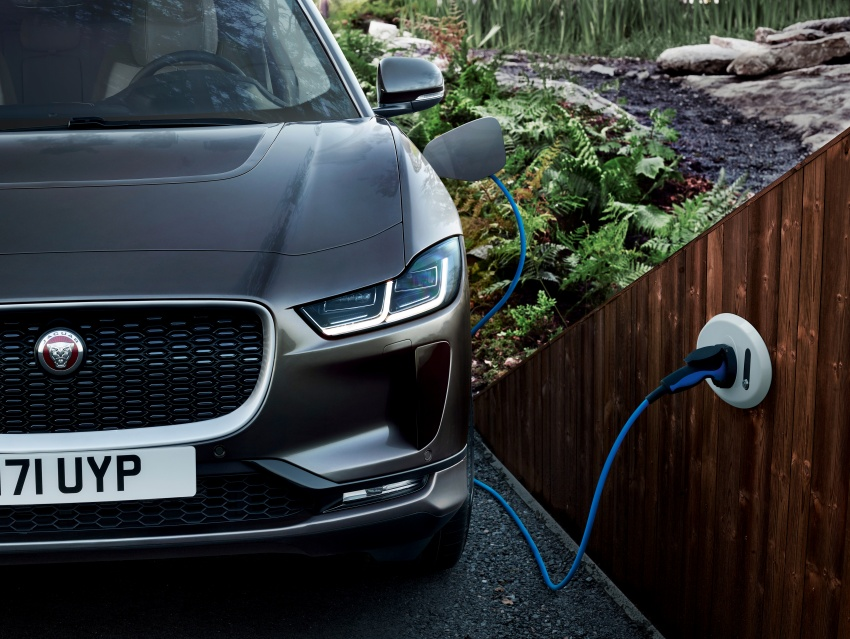 Jaguar I-Pace – brand's first all-electric vehicle debuts with 400 PS, 0-100 km/h in 4.8 seconds, 480 km range Image #784990