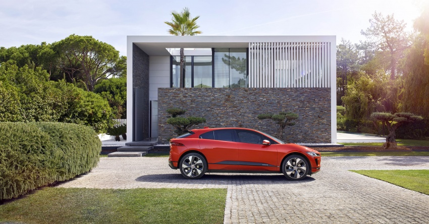 Jaguar I-Pace – brand's first all-electric vehicle debuts with 400 PS, 0-100 km/h in 4.8 seconds, 480 km range Image #784908