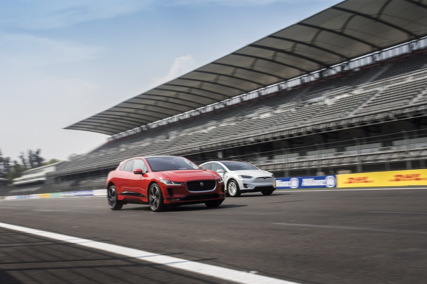 Jaguar I-Pace – brand's first all-electric vehicle debuts with 400 PS, 0-100 km/h in 4.8 seconds, 480 km range Image #785015
