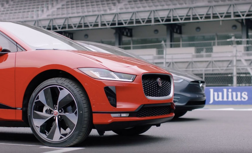 VIDEO: Jaguar I-Pace drag races the Tesla Model X Image #785981