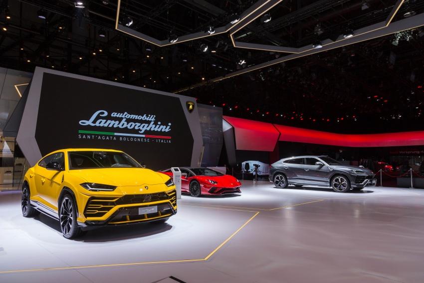 Lamborghini Huracan Performante Spyder revealed Image #787533