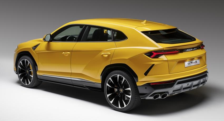 Lamborghini Urus launched in Malaysia, estimated RM1 million – 650 PS SUV, 0-100 km/h in 3.6 seconds Image #790831