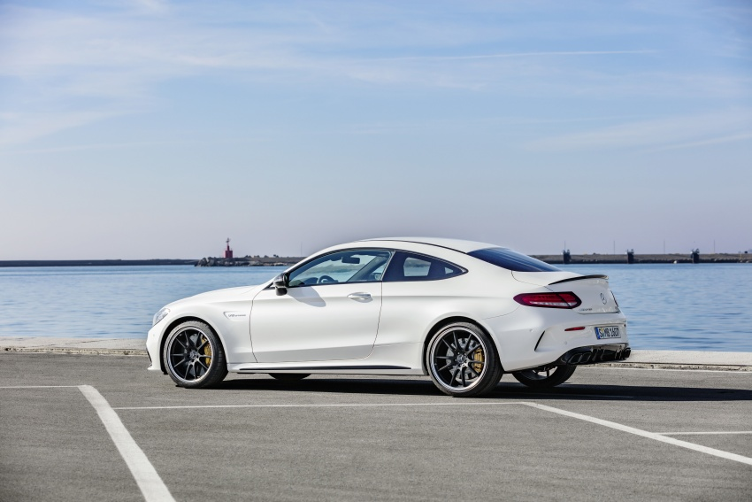 Mercedes-AMG C63 facelift debuts with new 9G auto Image #797913