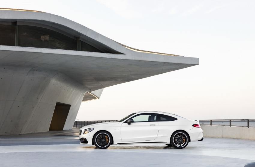 Mercedes-AMG C63 facelift debuts with new 9G auto Image #797927