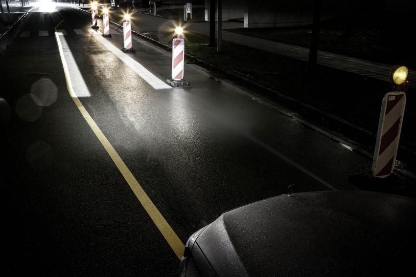 Mercedes-Benz Digital Light system makes its debut Image #786560