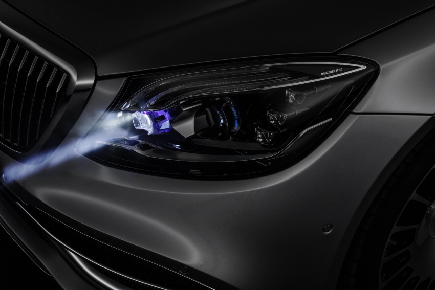 Mercedes-Benz Digital Light system makes its debut Image #786575