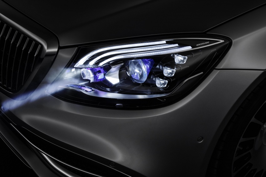 Mercedes-Benz Digital Light system makes its debut Image #786576