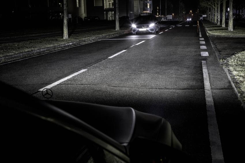 Mercedes-Benz Digital Light system makes its debut Image #786564
