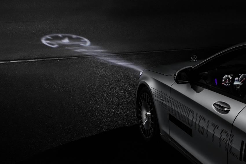 Mercedes-Benz Digital Light system makes its debut Image #786568