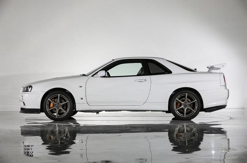 Nissan Skyline GT-R R34 V-Spec II Nür –  perbatuan hanya 10 km, akan dilelong dengan jangkaan RM1 juta Image #789557