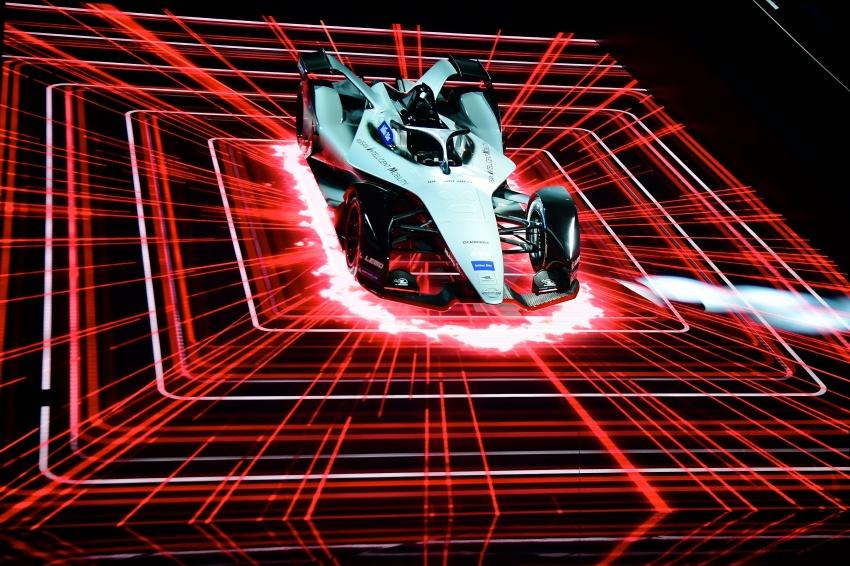 Nissan unveils Formula E livery for 2018/2019 season Image #787734