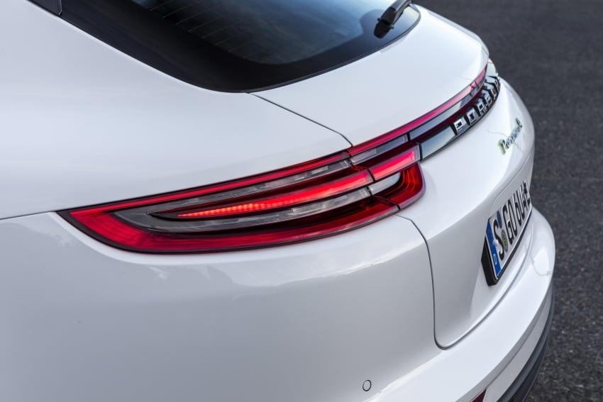 Porsche Panamera Sport Turismo – wagon mewah kini diperkenalkan secara rasmi di M'sia dengan 3 varian Image #797572