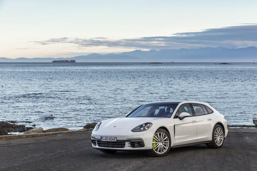 Porsche Panamera Sport Turismo – wagon mewah kini diperkenalkan secara rasmi di M'sia dengan 3 varian Image #797574