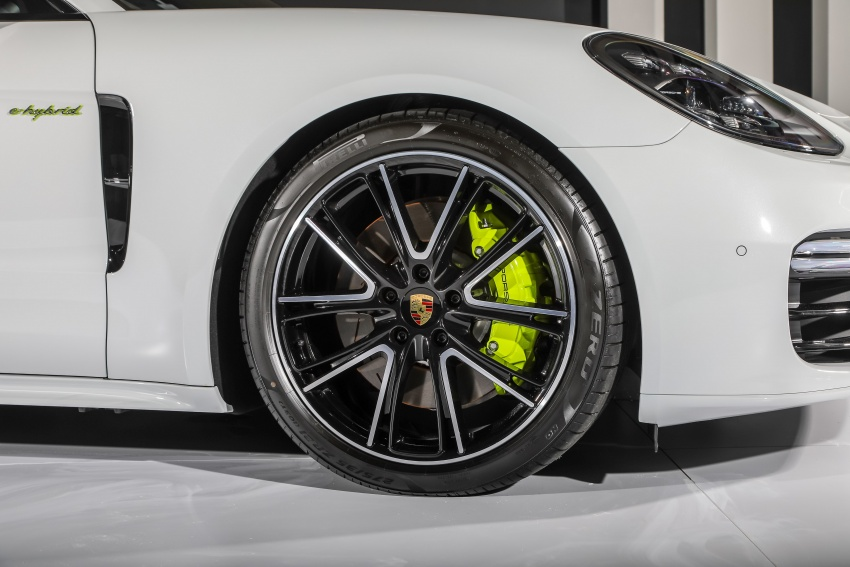 Porsche Panamera Sport Turismo in Malaysia – three variants including plug-in hybrid, RM990k to RM1.94m Image #797831