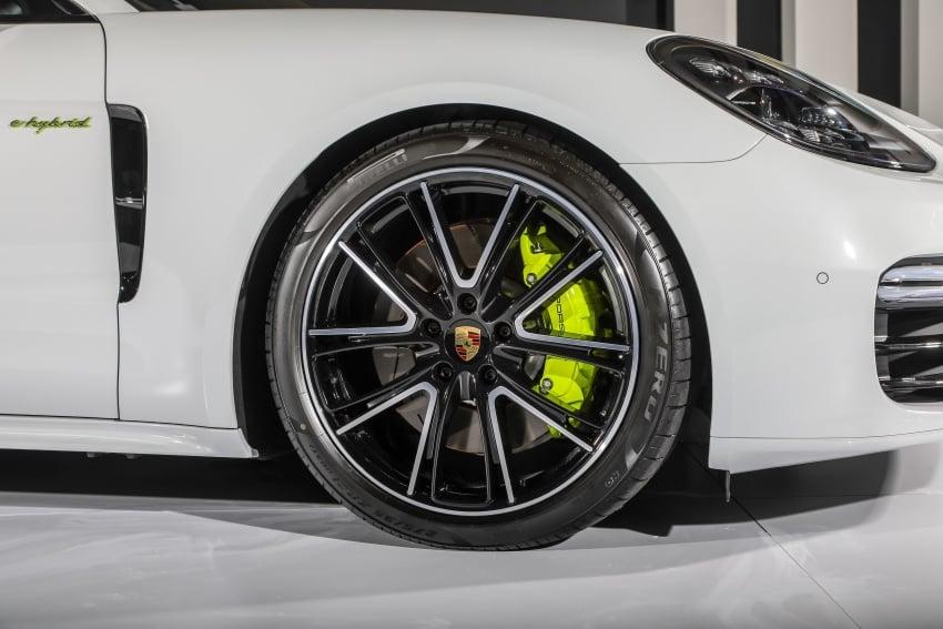 Porsche Panamera Sport Turismo – wagon mewah kini diperkenalkan secara rasmi di M'sia dengan 3 varian Image #797581