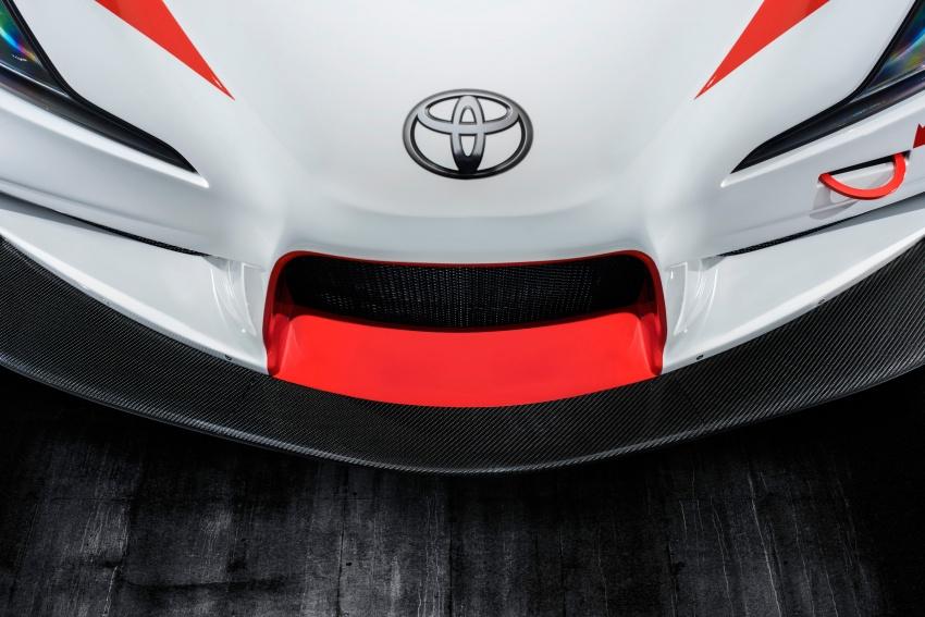 Toyota Supra generasi baharu dalam konsep model perlumbaan sebenar didedahkan di Geneva 2018 Image #786873