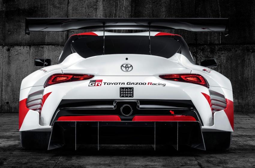 Toyota Supra generasi baharu dalam konsep model perlumbaan sebenar didedahkan di Geneva 2018 Image #786862
