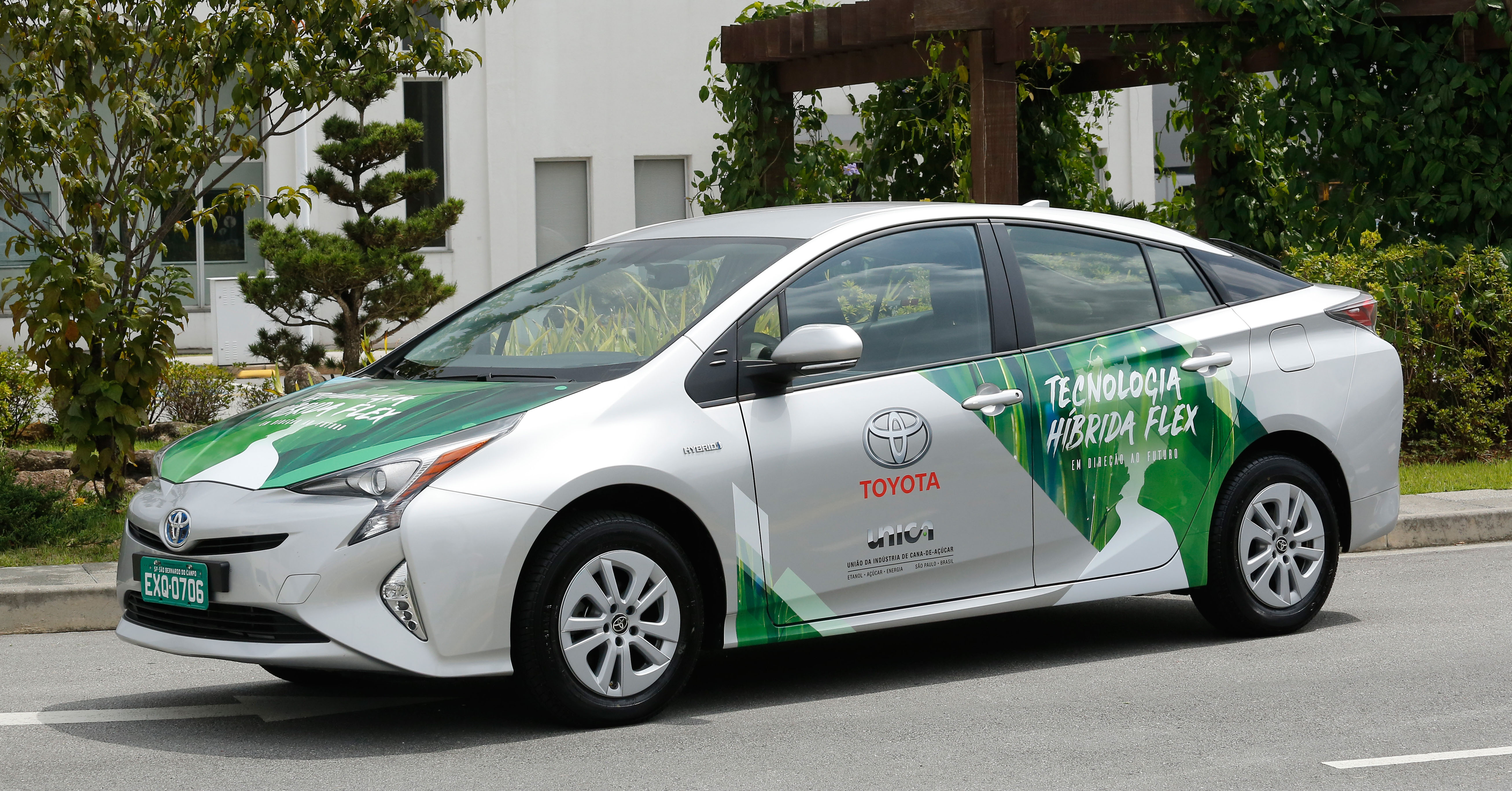 Toyota reveals world's first flexible-fuel hybrid vehicle