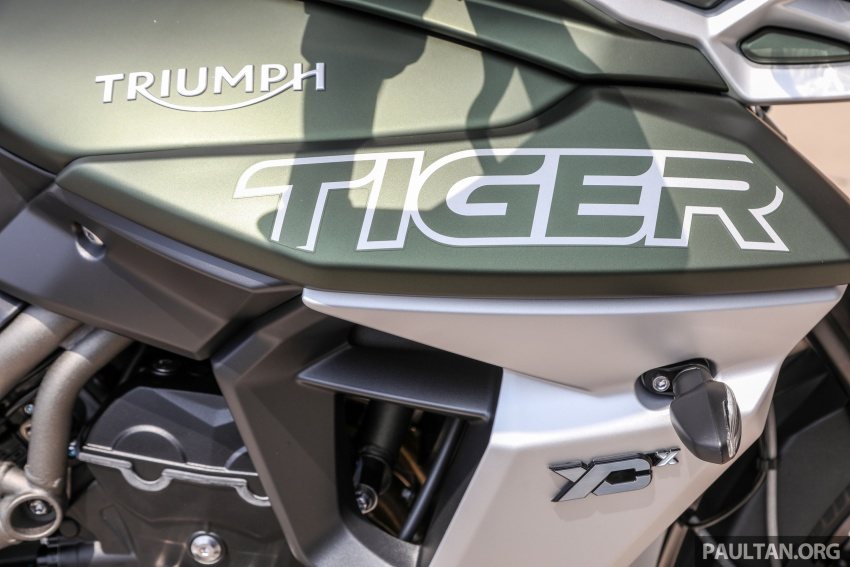 FIRST LOOK: 2018 Triumph Tiger 800 XCx and XRx adventure bikes – RM74,900 and RM69,900 Image #786924