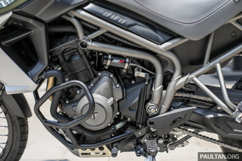 FIRST LOOK: 2018 Triumph Tiger 800 XCx and XRx adventure bikes – RM74,900 and RM69,900 Image #786937