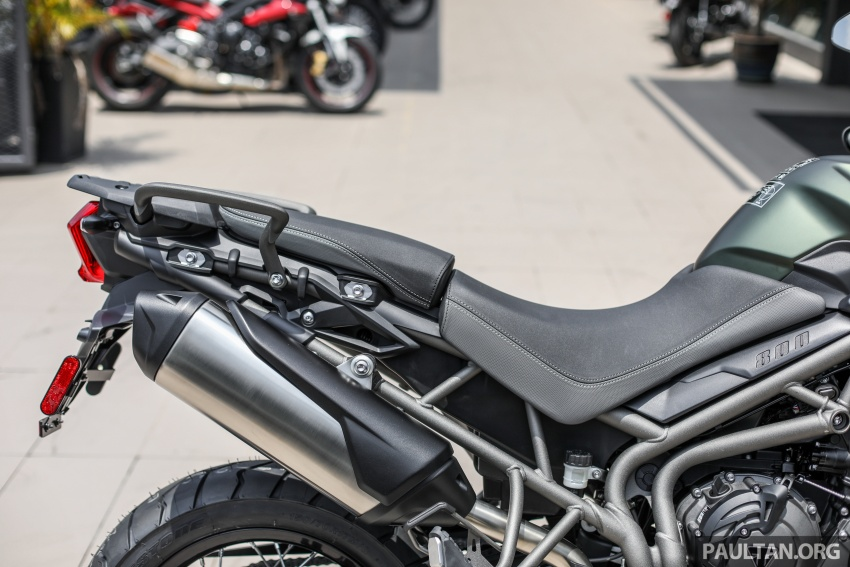 FIRST LOOK: 2018 Triumph Tiger 800 XCx and XRx adventure bikes – RM74,900 and RM69,900 Image #786956