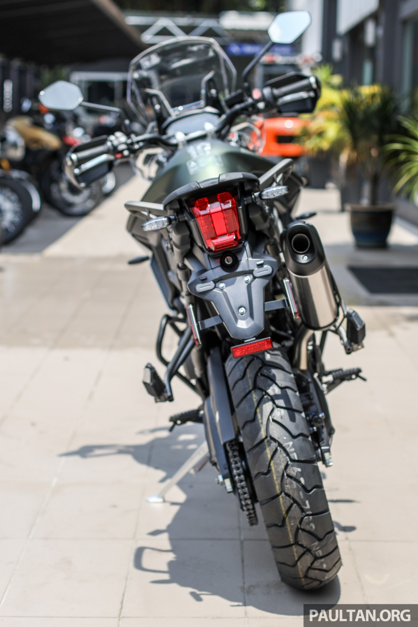FIRST LOOK: 2018 Triumph Tiger 800 XCx and XRx adventure bikes – RM74,900 and RM69,900 Image #786910