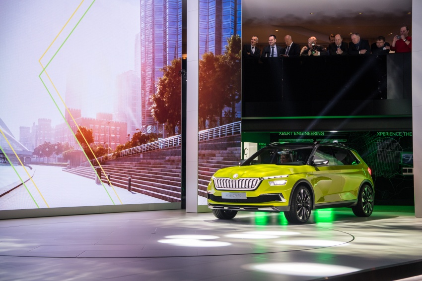 Skoda Vision X previews small SUV, CNG hybrid drive Image #788171