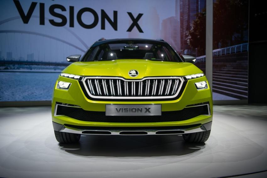 Skoda Vision X previews small SUV, CNG hybrid drive Image #788189