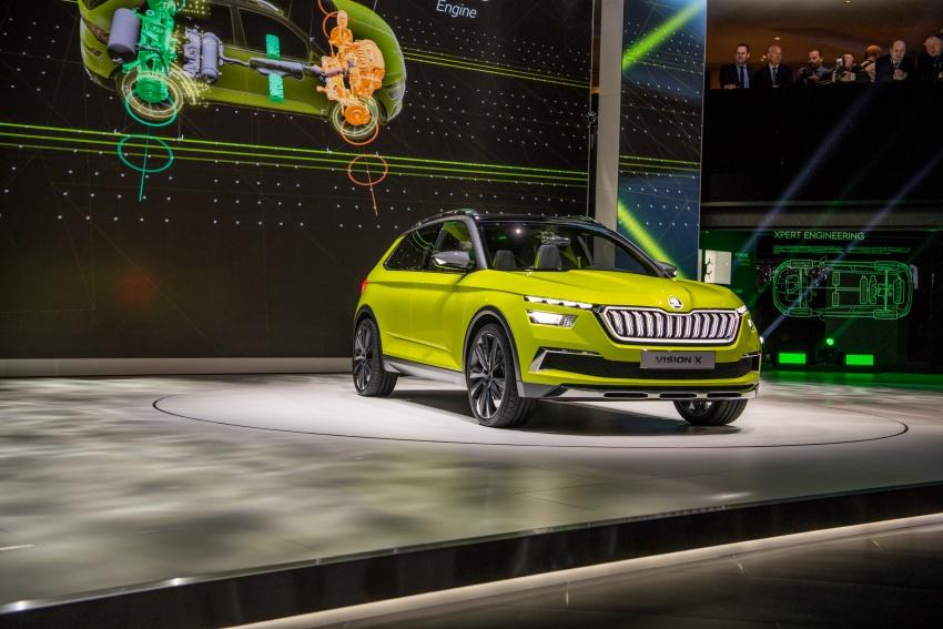 Skoda Vision X previews small SUV, CNG hybrid drive Image #788177