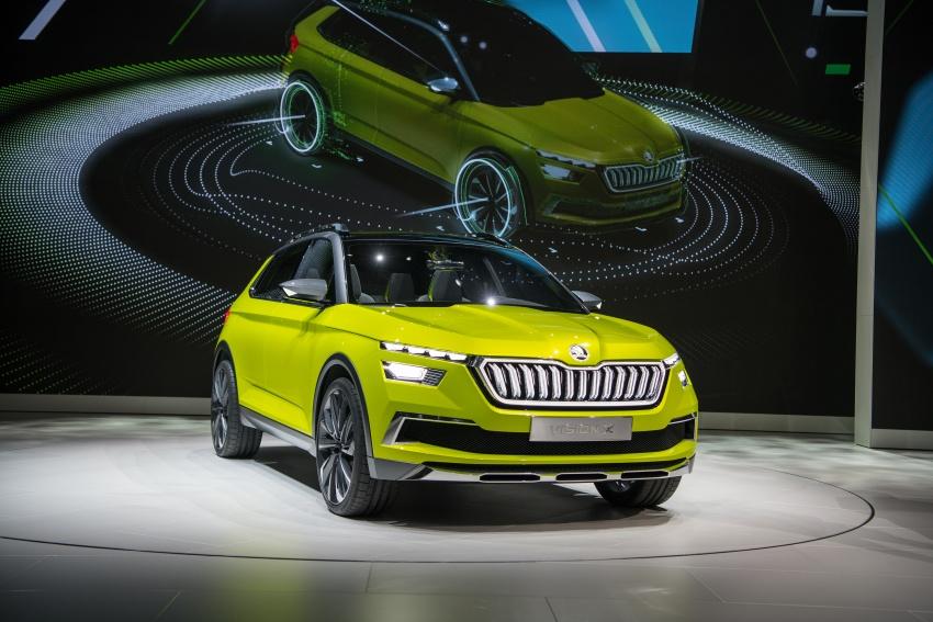 Skoda Vision X previews small SUV, CNG hybrid drive Image #788180