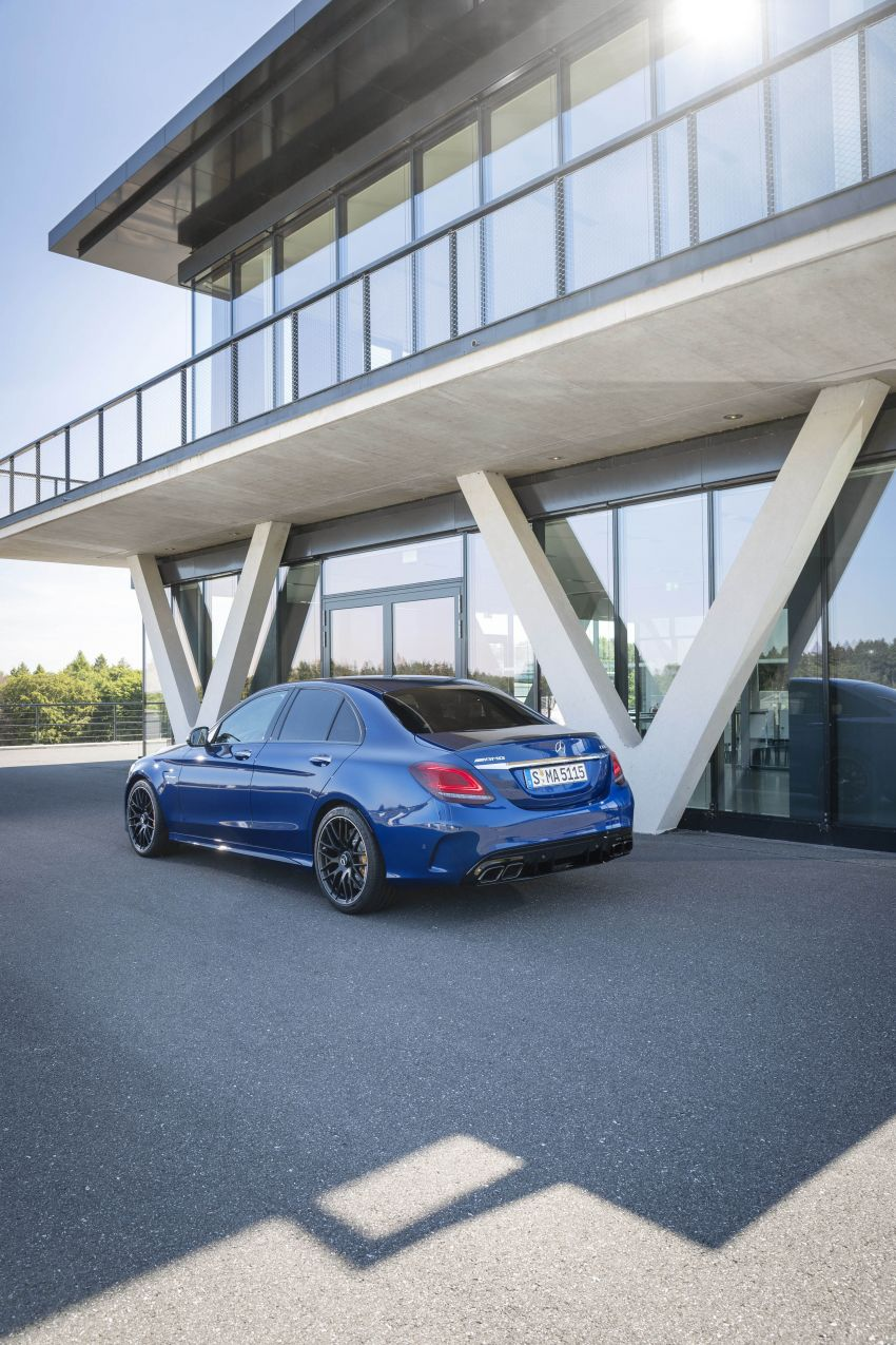 Mercedes-AMG C63 facelift debuts with new 9G auto Image #955947
