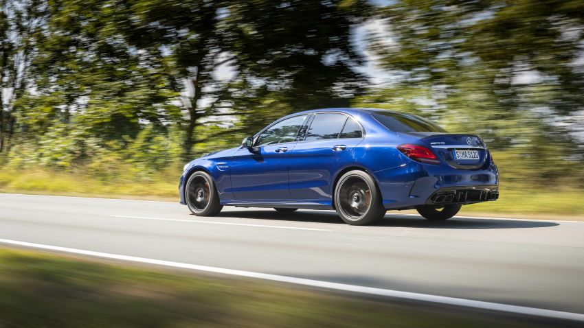 Mercedes-AMG C63 facelift debuts with new 9G auto Image #955940