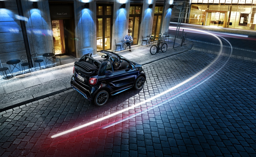 smart EQ fortwo, forfour nightsky edition EVs unveiled – new fast charger, car-sharing service also introduced Image #786741