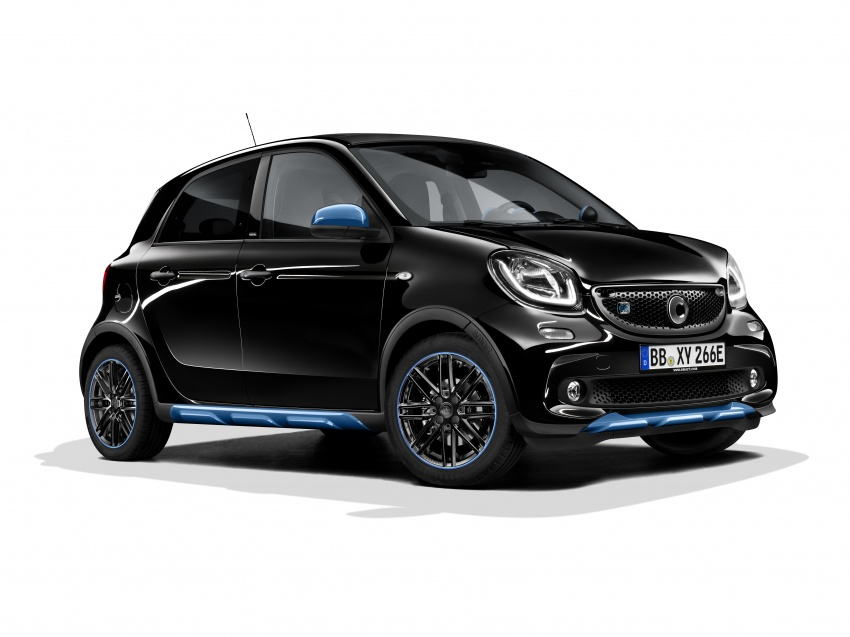 smart EQ fortwo, forfour nightsky edition EVs unveiled – new fast charger, car-sharing service also introduced Image #786755