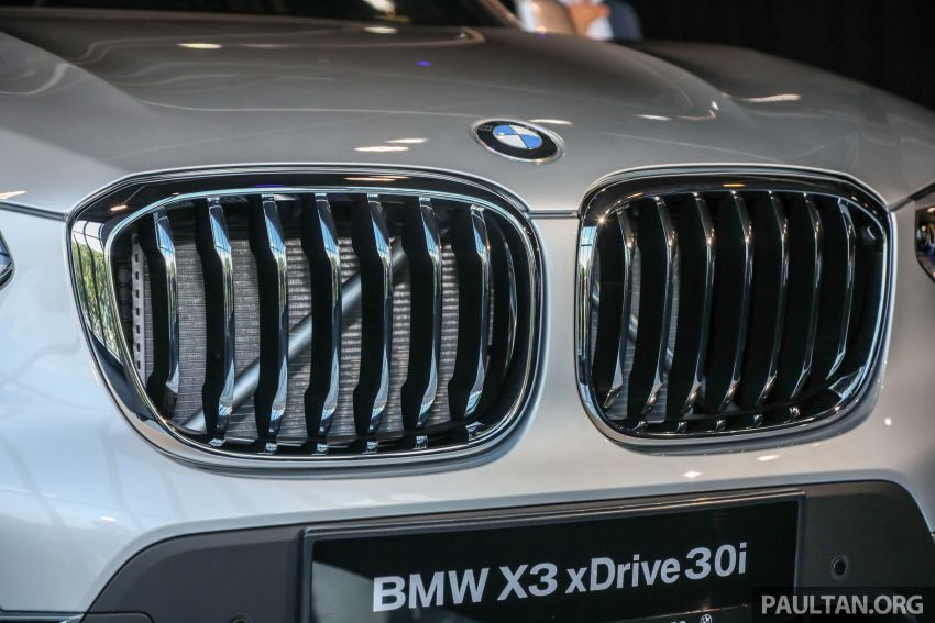 G01 BMW X3 launched in M'sia – 30i Luxury, RM314k Image #809276