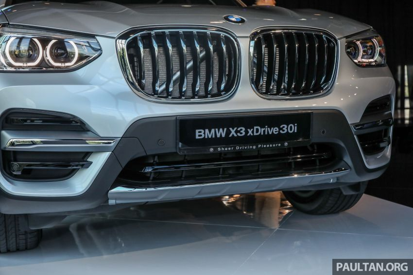 G01 BMW X3 launched in M'sia – 30i Luxury, RM314k Image #809279