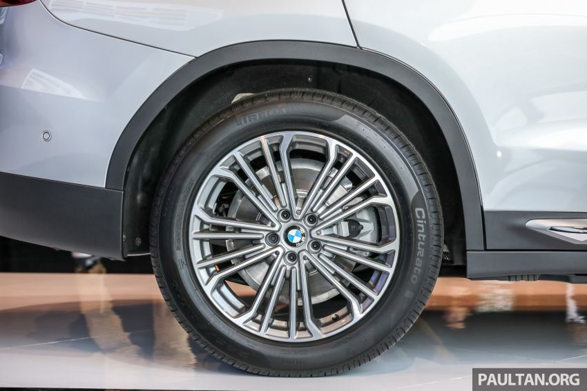 G01 BMW X3 launched in M'sia – 30i Luxury, RM314k Image #809283