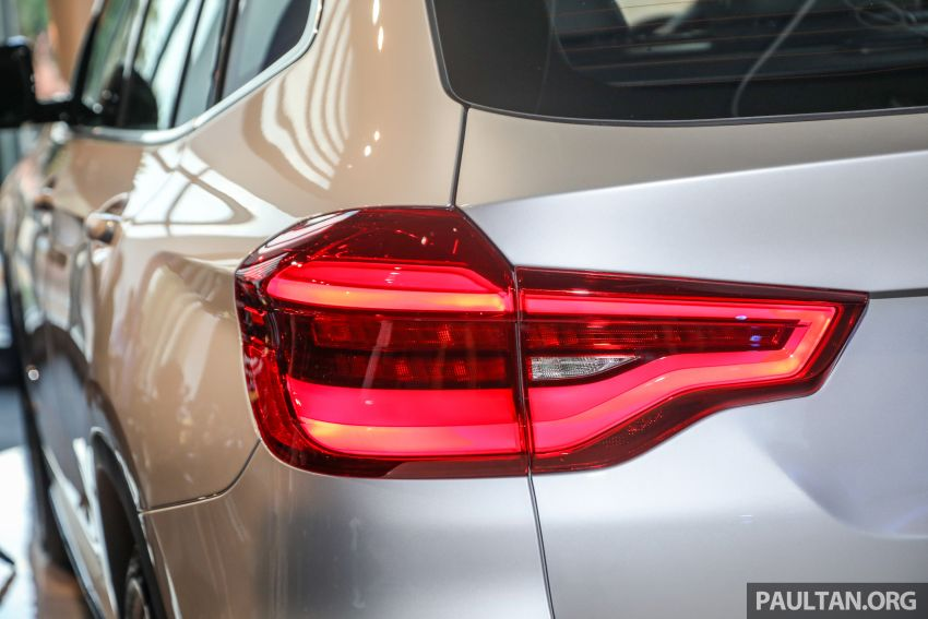 G01 BMW X3 launched in M'sia – 30i Luxury, RM314k Image #809294