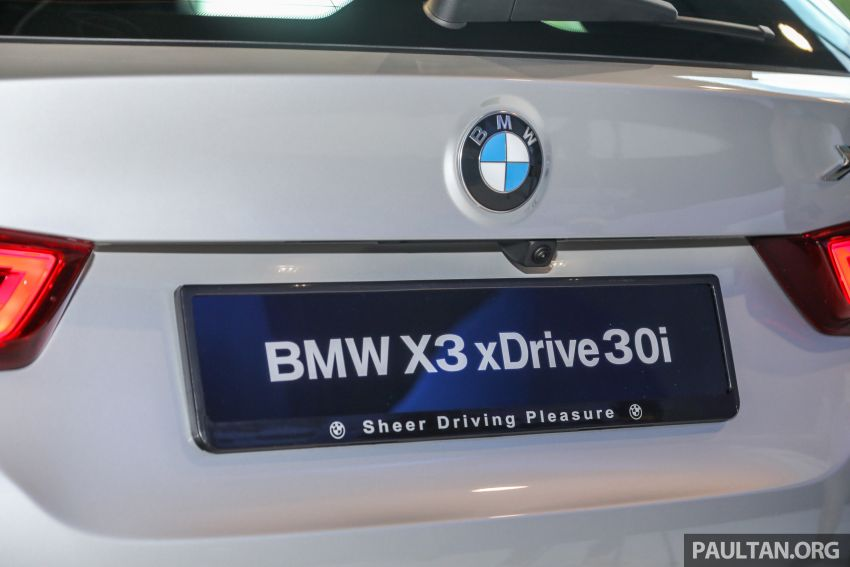 G01 BMW X3 launched in M'sia – 30i Luxury, RM314k Image #809299