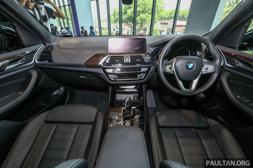G01 BMW X3 launched in M'sia – 30i Luxury, RM314k Image #809305