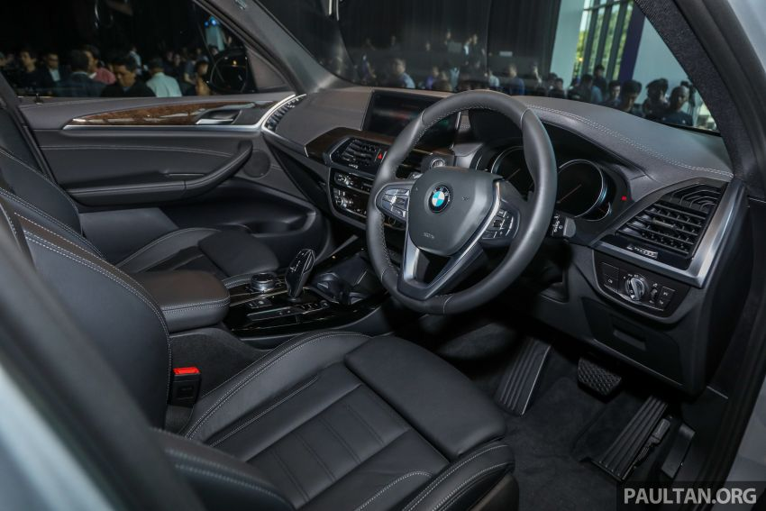G01 BMW X3 launched in M'sia – 30i Luxury, RM314k Image #809306