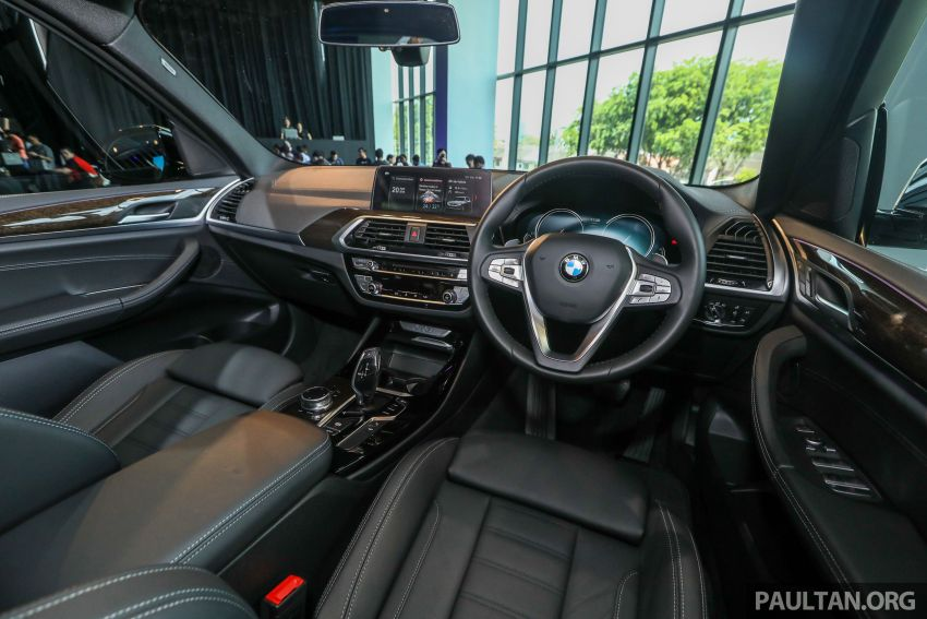 G01 BMW X3 launched in M'sia – 30i Luxury, RM320k Image #809329