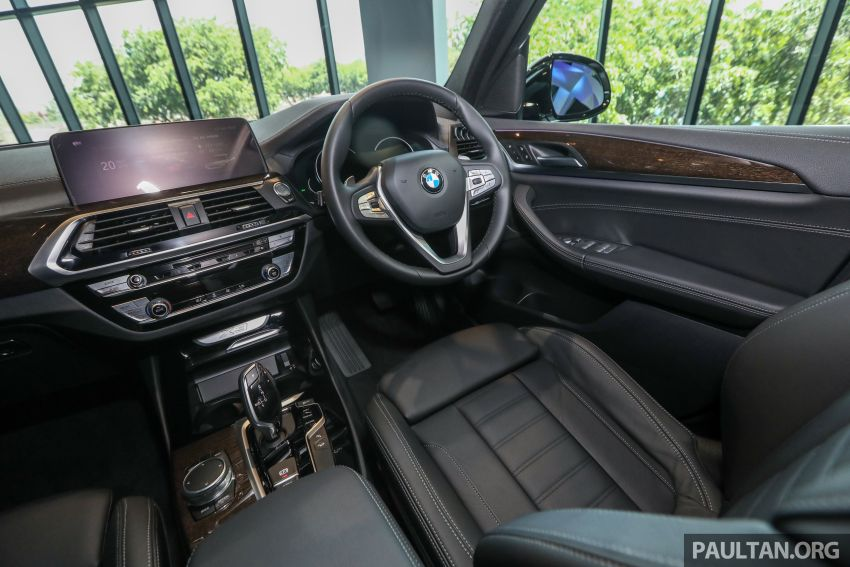 G01 BMW X3 launched in M'sia – 30i Luxury, RM314k Image #809330
